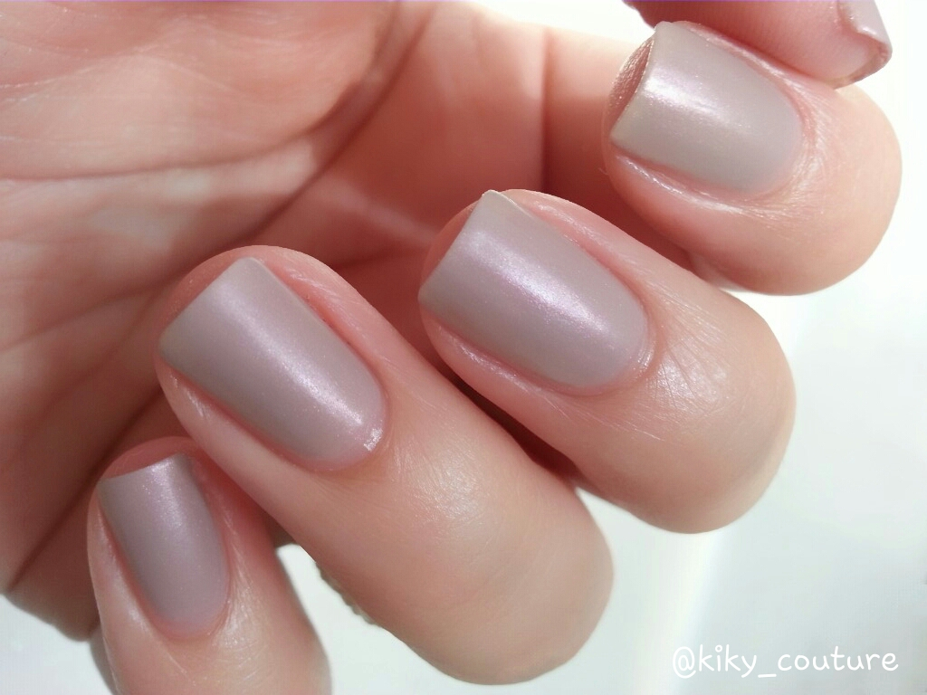 In The Nude de Academy Of Colour. | EL RINCÓN DE LOS ESMALTES.